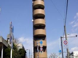 ТОП 10 на най-тънките сгради в света